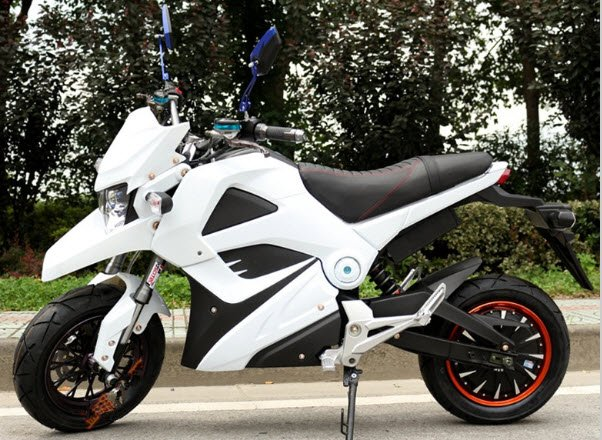 White 72 Volt 1500 watt ride on battery powered electric motorcycle for sale buy UK online bikes